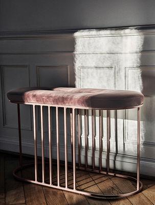 Scopri Panca imbottita Posea  Velluto  L 80 cm Velluto rosa nude  Base rosa di Bolia Made