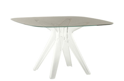 table carree sir gio verre 120 x 120 cm kartell
