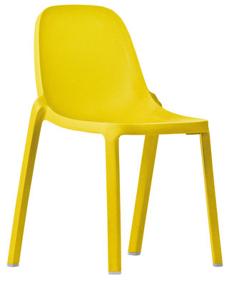 chaise empilable broom plastique recycle emeco