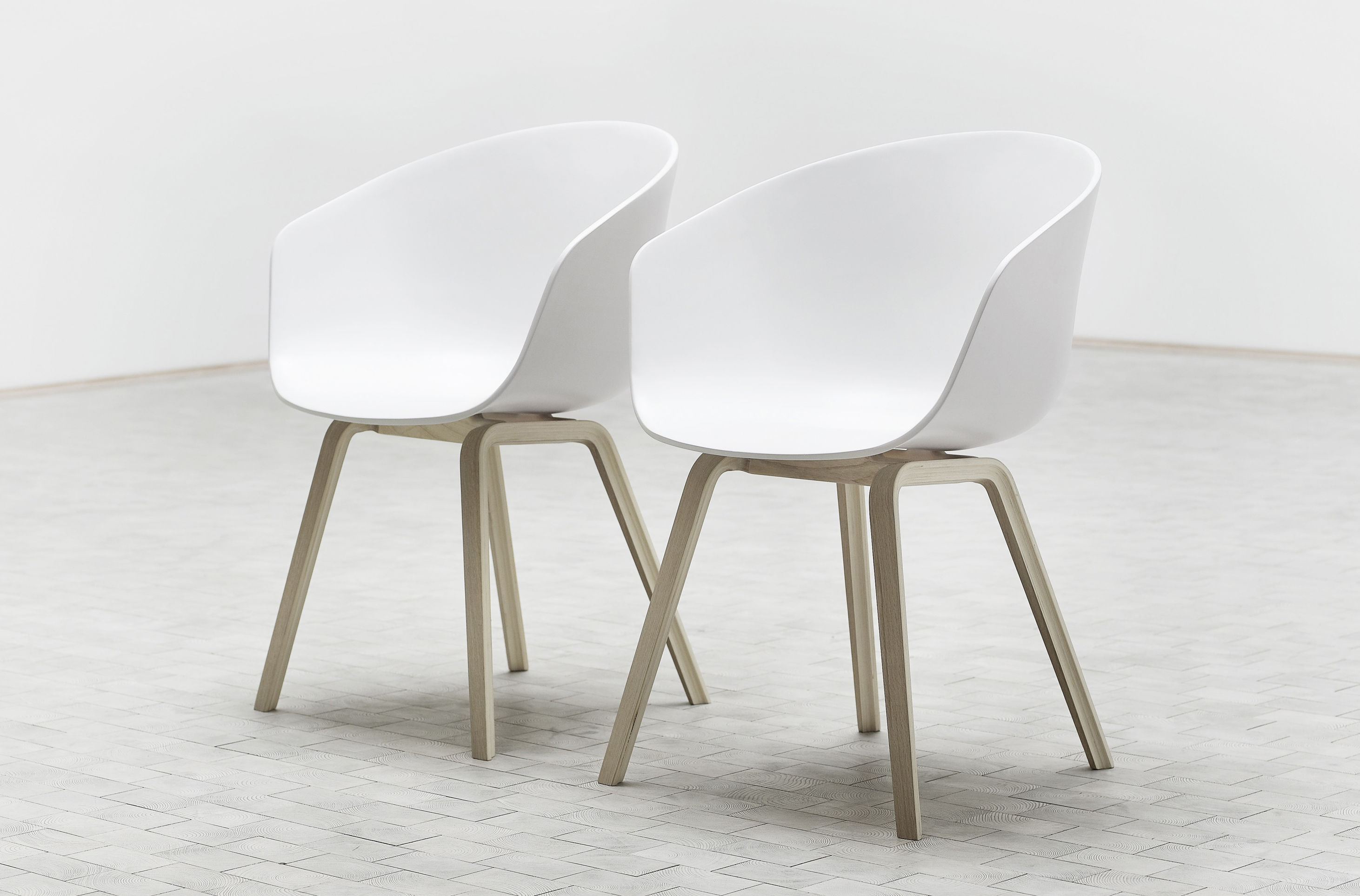 plastic feet for chair legs dining chairs argos about a aac22 armchair shell and wood