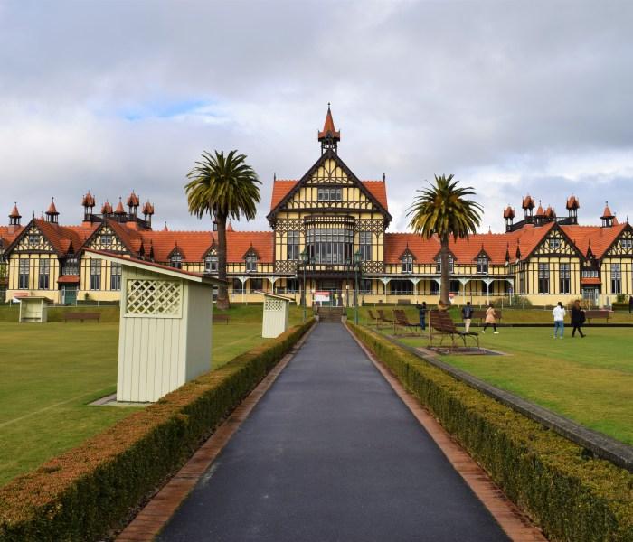 Bland svavel och museum i Rotorua