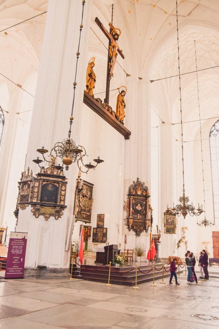 altaret mariakyrkan