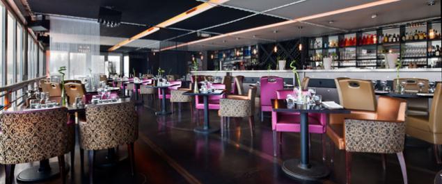 Restaurant Salon Sur LEau Aqua Caff Traditionnel Suresnes