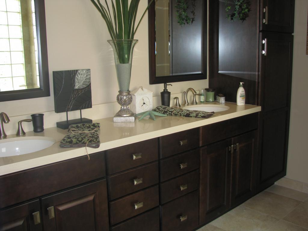 Ceasar Stone with Espresso Cabinets from Designer Homes