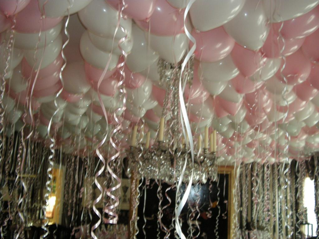 Balloon Ceiling 005_fulljpeg 1024768  parties  Pinterest