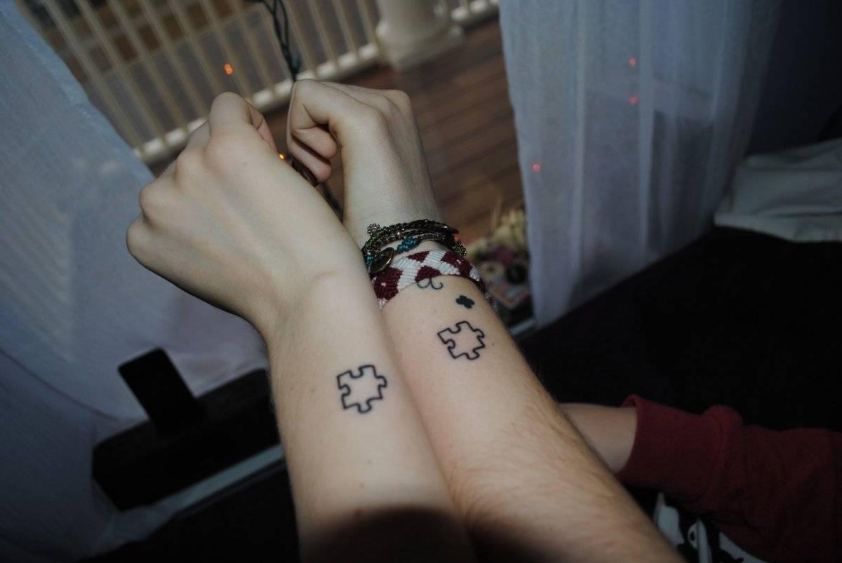 17 Ideas De Tatuajes Minimalistas Para Parejas Enamoradas Belelú