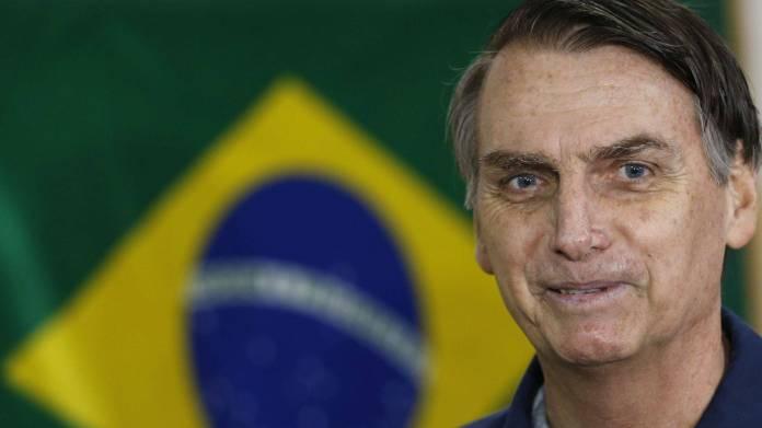Todos los teléfonos del Presidente Bolsonaro fueron hackeados por piratas informáticos