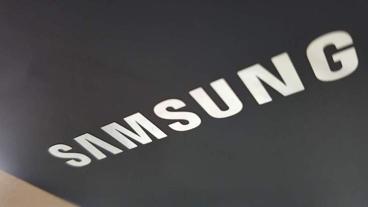 samsung logo Usuarios en Estados Unidos demandan a Samsung y Apple por riesgo de cáncer