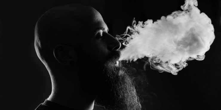Estudio señala que cigarros electrónicos causarían daño al ADN