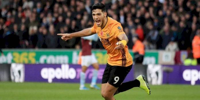 VIDEO: Raul Jimenez scores for third consecutive game in Wolves victory