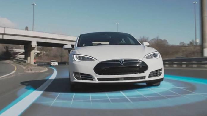 Tesla autopiloto