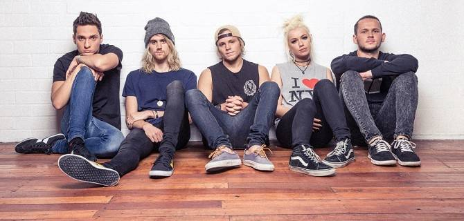 Gli australiani Tonight Alive live al Fabrique