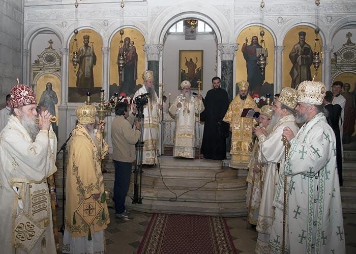jun-2019-arhijerejska-liturgija-u-niksicu-17
