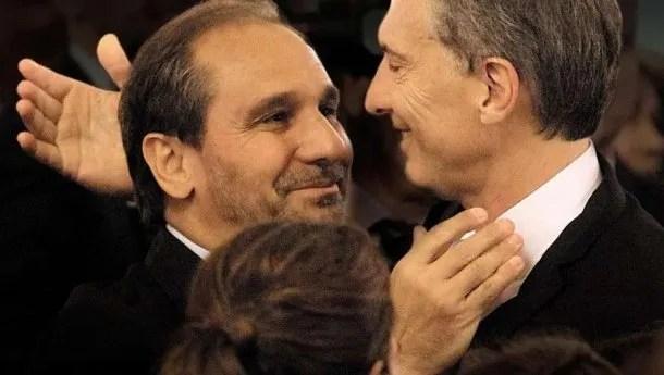 """Nicolás Caputo y Mauricio Macri, """"hermanos de la vida"""" se denominan"""