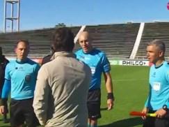 Tremendo cruce de Fernando Gago con Néstor Pitana: No me faltes el respeto