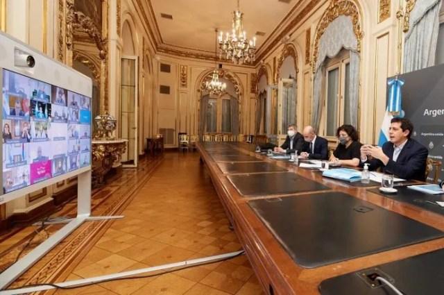 Carla Vizzotti y Wado de Pedro se reunieron de forma virtual con gobernadores
