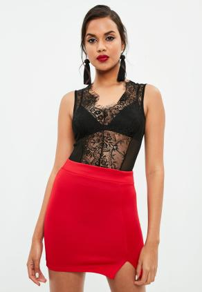 This makes for one of the best sexy Valentine's Day outfits!