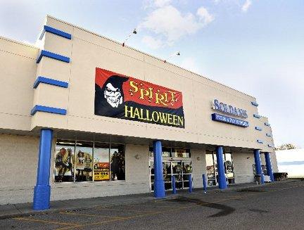 spirit halloween in bay city now open mlive com
