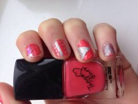 Cute Triangle Nail Design