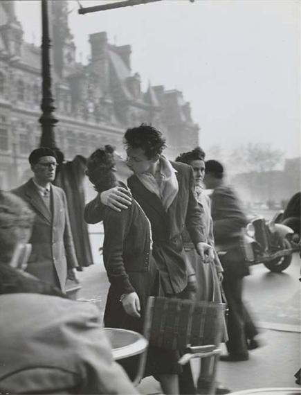 Le Baiser De L'hotel De Ville : baiser, l'hotel, ville, Robert, Doisneau, Baiser, L'Hôtel, Ville,, Paris, (1950), MutualArt