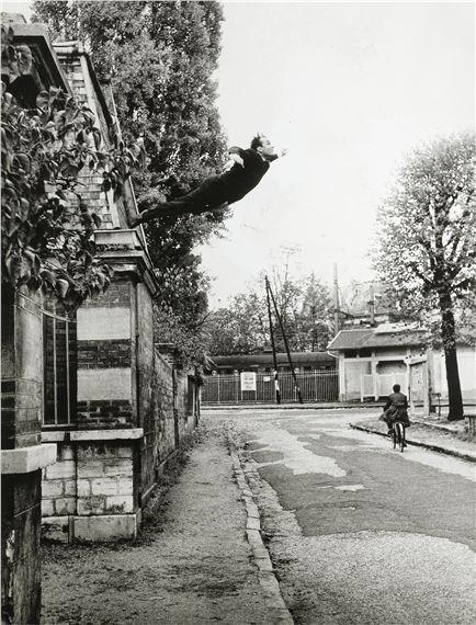 Le Saut Dans Le Vide : Klein, (1960), MutualArt