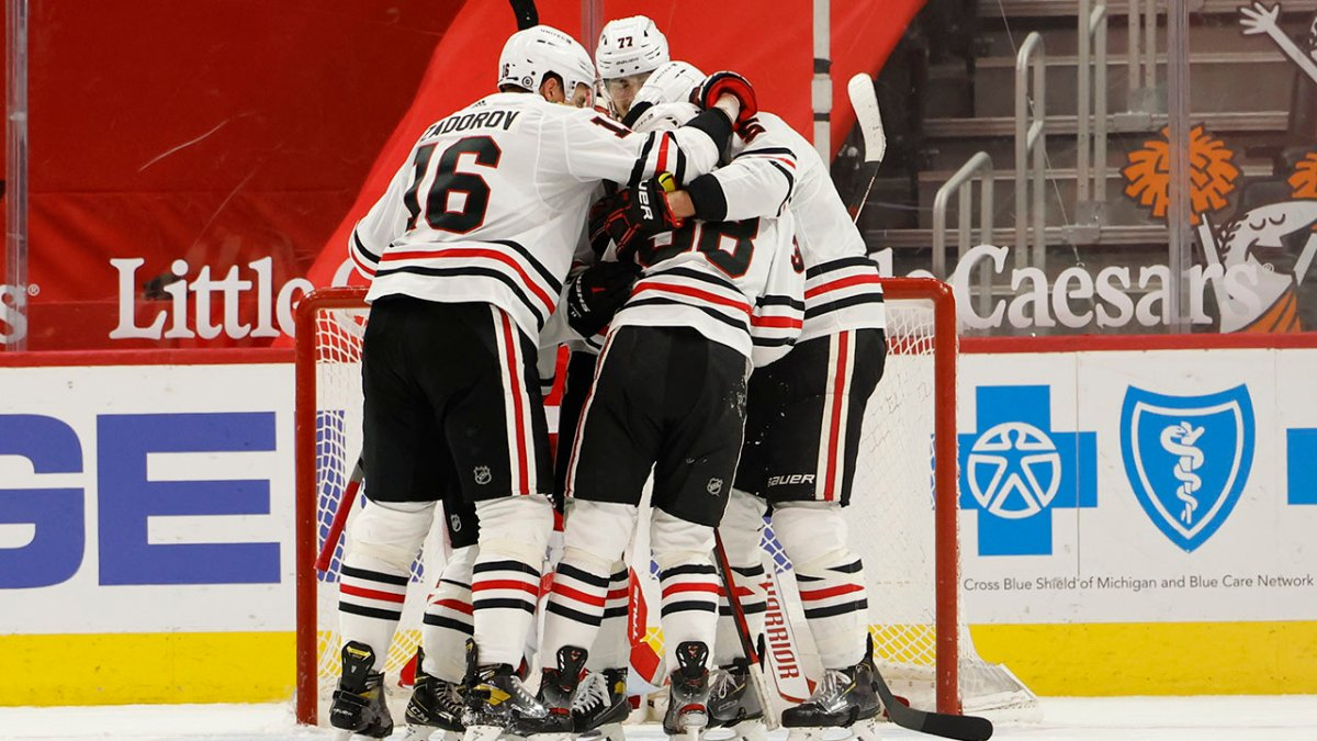 10 Observations: Blackhawks Bounce Back With Shutout Win Over Red Wings