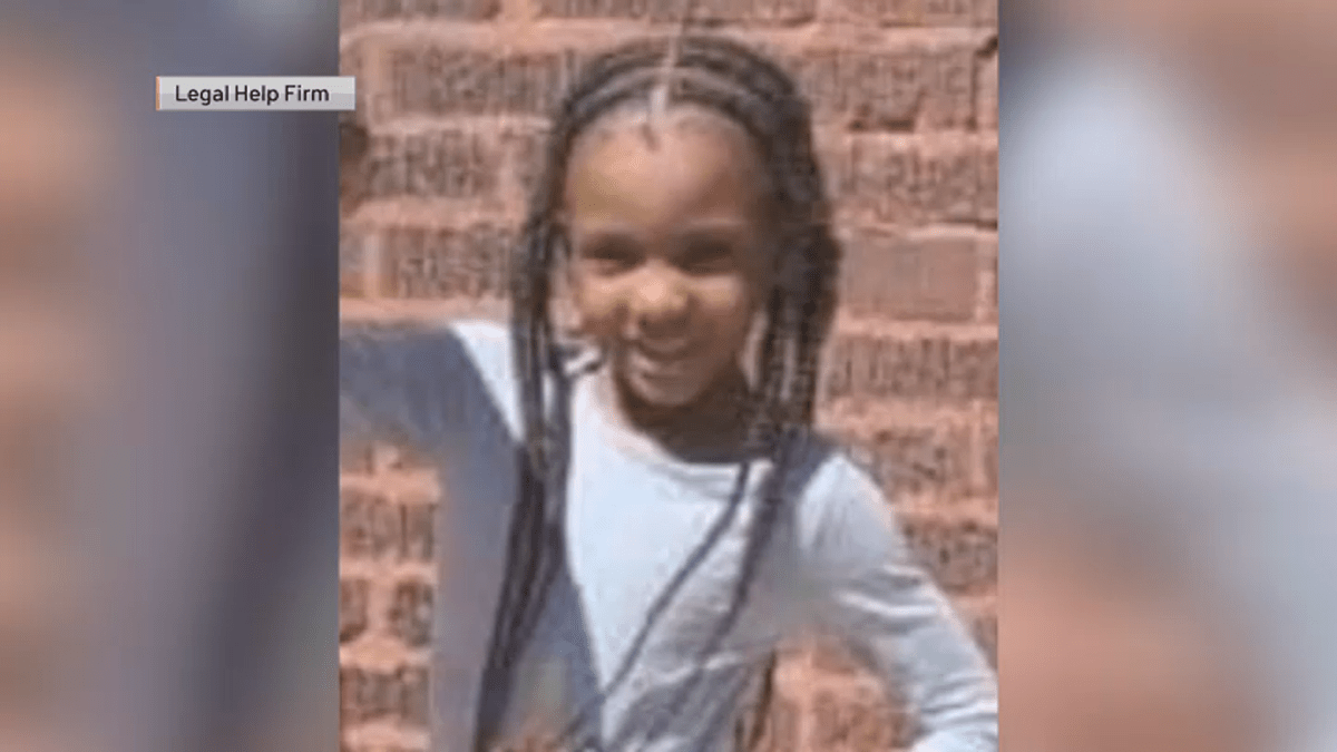 Tragic: 7-year-old girl killed, father seriously injured in shooting at McDonald's drive-thru in Chicago