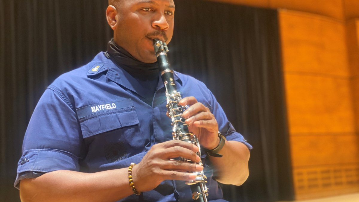 US Coast Guard Band Prepares for First Live Concert in More Than a Year