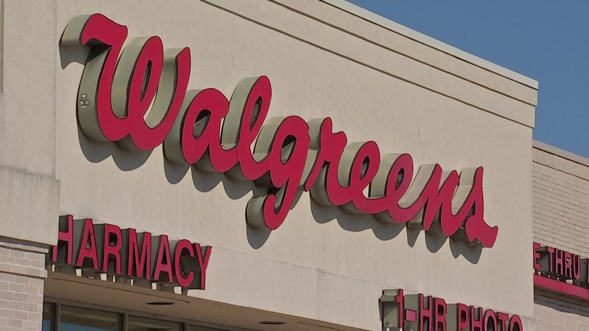 Walgreen Christmas Hours 2021 Little Creek Walgreens To Administer Covid 19 Vaccine In 15 More States As Part Of Federal Retail Pharmacy Program Nbc 5 Dallas Fort Worth