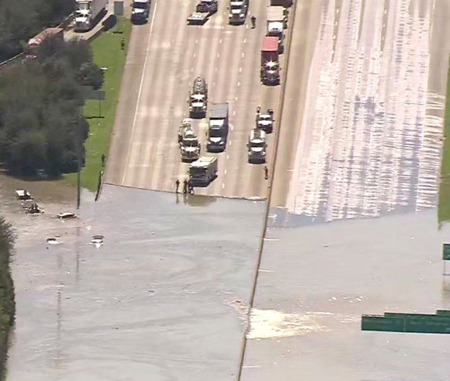 Schools Businesses Closed After Water Main Break In Houston Nbc