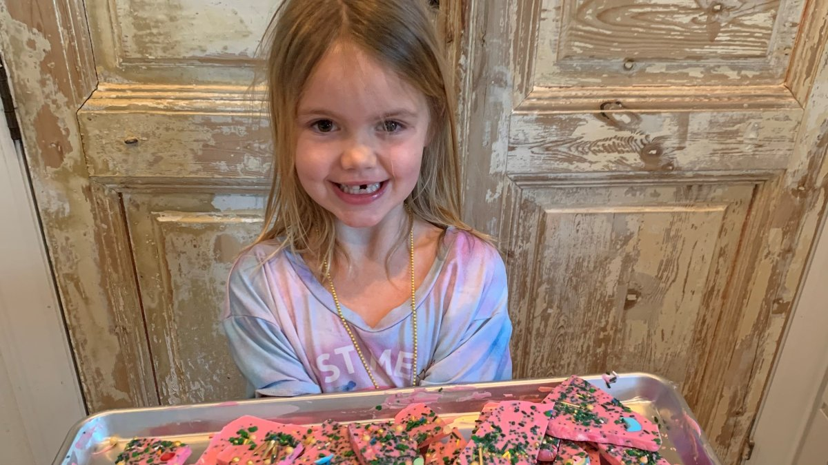 Local 7-Year-Old Girl Raises $8,000 for North Texans in Need