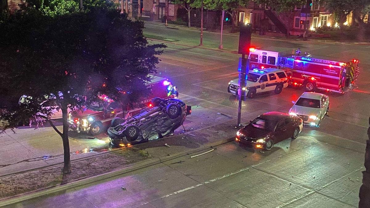 3 Injured in Downtown Dallas Rollover Crash