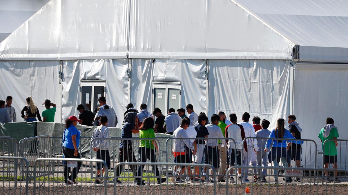 Data Shows Growing Backlog of Unaccompanied Migrant Children in Border Patrol Custody 1