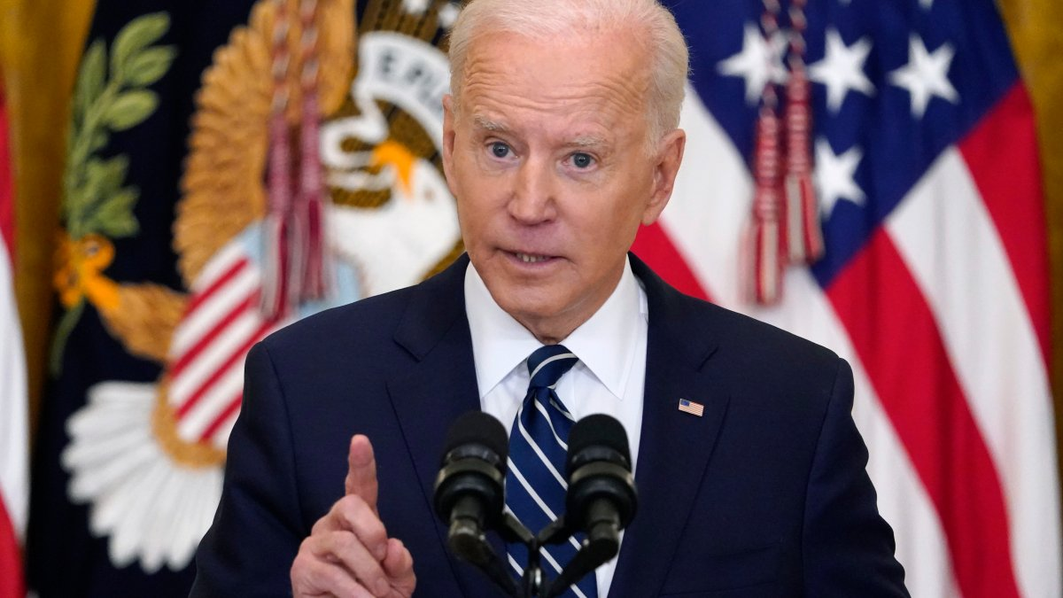 Biden Vows Action on Migrants as He Defends Border Policy 1