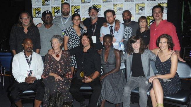 Lost Girl Season 5 Wallpaper Walking Dead Cast Honors Superfan Who Passed Away Nbc