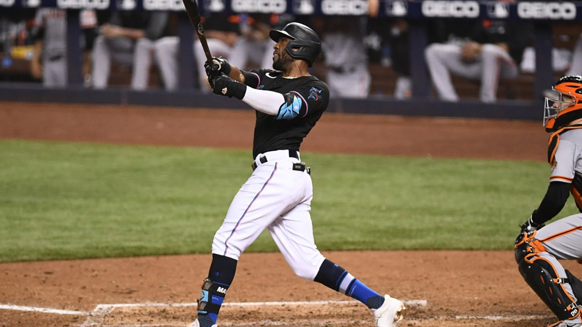 Marte's 3-Run HR in 8th Lifts Miami Marlins to Win over San Francisco Giants