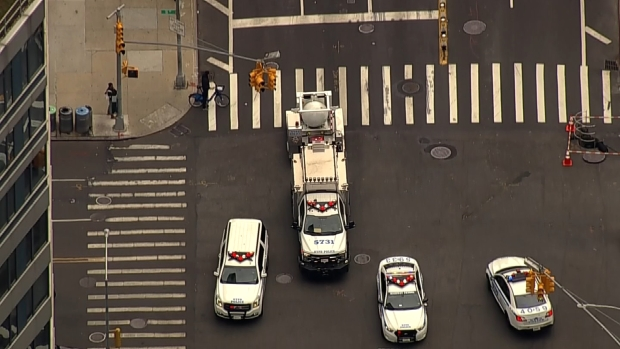 Chopper 4 Tracks NYPD Bomb Containment Truck