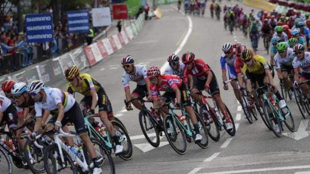 Wie schlagen sich die Radprofis bei der Vuelta a Espana vom 14.08 bis 05.09.? (Foto)