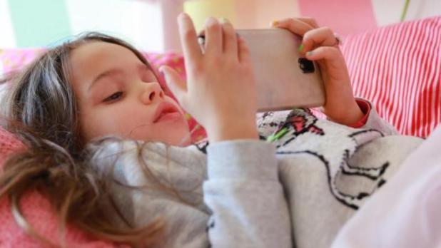 Um teure In-App-Käufe zu verhindern, sollten die richtigen Einstellungen ausgewählt werden. (Foto)