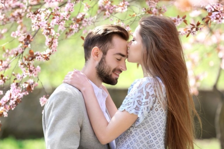 forehead%20kiss ZPpllo6 - Daily Mail India
