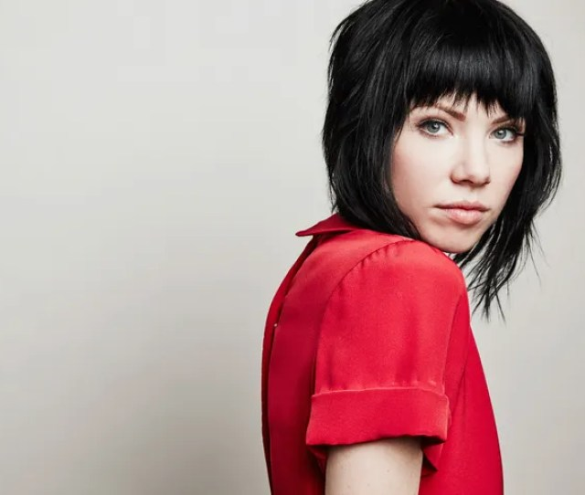 Carly Rae Jepsens Ecstatic Hymns To Love