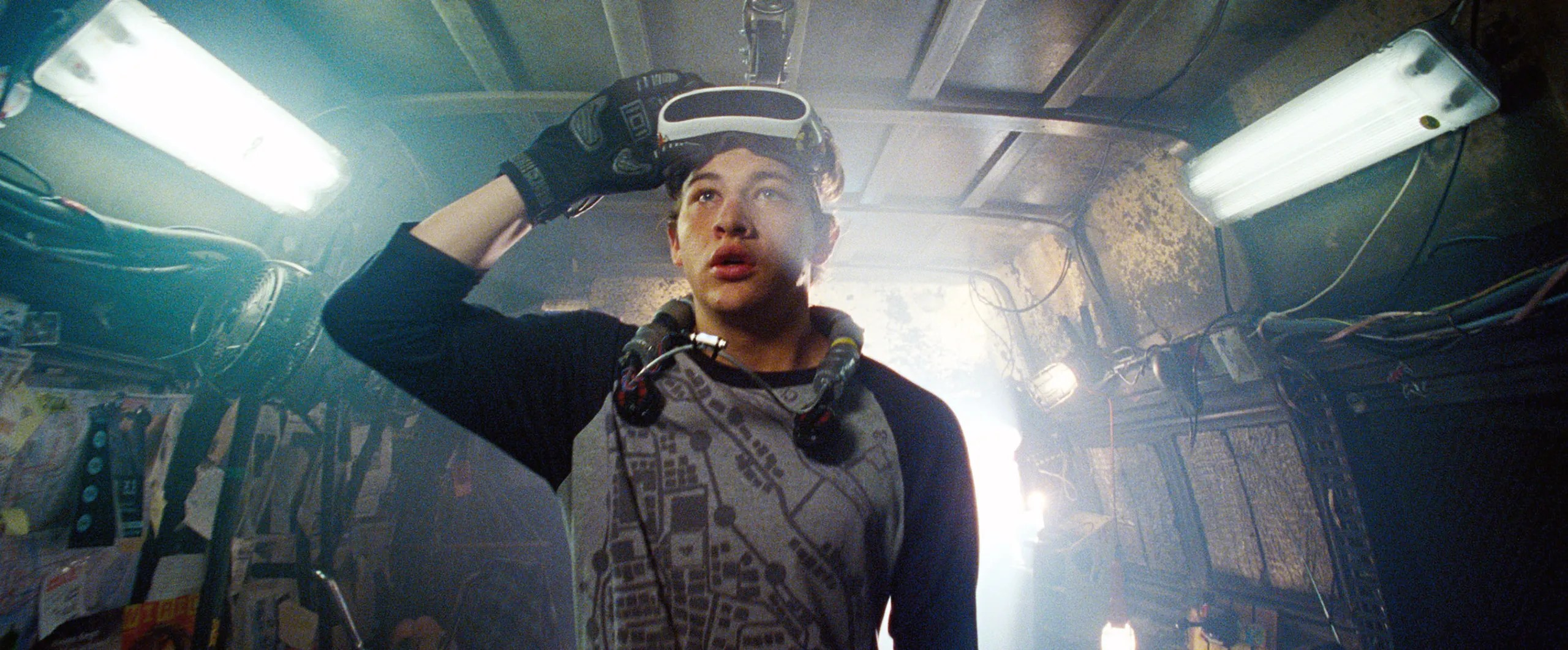"""Steven Spielberg's Oblivious. Chilling Pop-Culture Nostalgia in """"Ready Player One"""" 