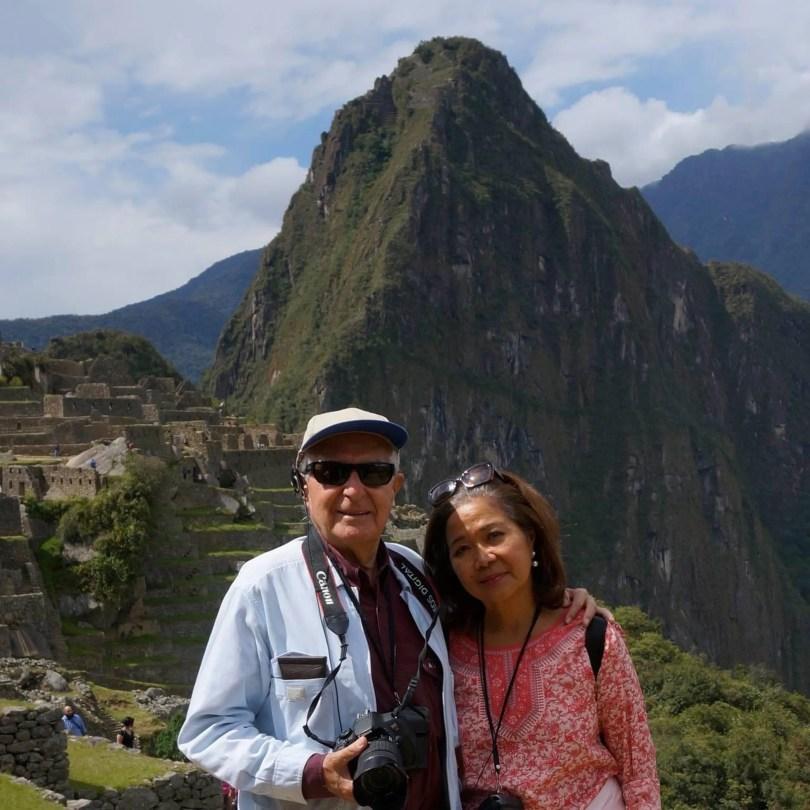 Maricoy and Claudio ObiasBonnefoy in front of Macchu Picchu