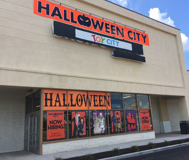 A Former Babies R Us Store In Deptford Is One Of Four Locations In New Jersey From The Former Chain That Will House Pop Up Toy And Halloween Stores Until