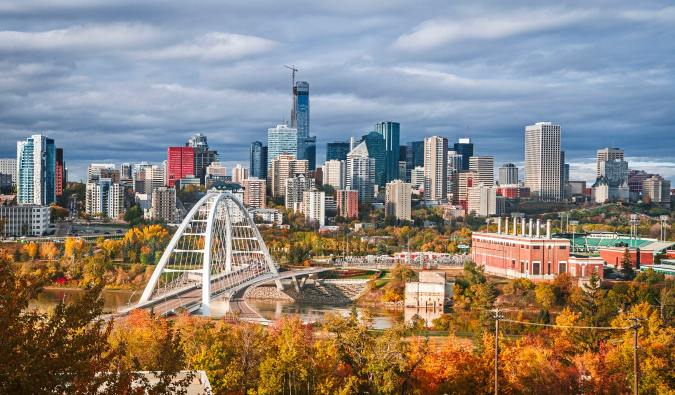 The skyline of Edmonton, Alberta, Canada during autumn