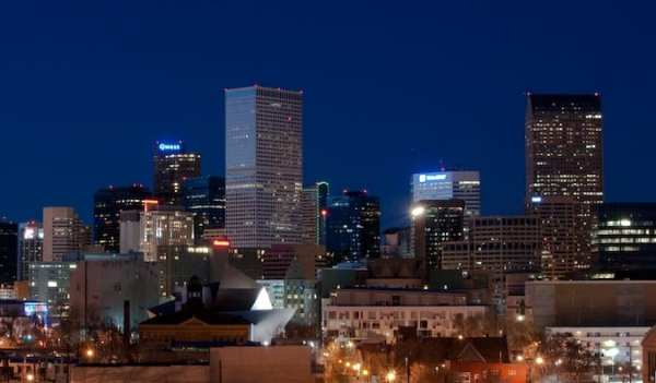 the denver skyline at night