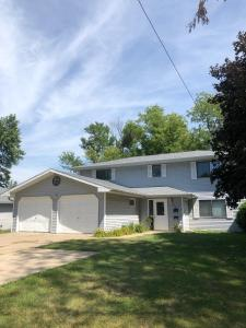 308 East, Grinnell, Iowa 50112-8146, 4 Bedrooms Bedrooms, ,Multi-family (2-4 Units),For Sale,East,5645108