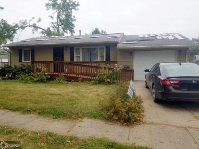 916 Chatterton, Grinnell, Iowa 50112-2031, 2 Bedrooms Bedrooms, ,Single Family,For Sale,Chatterton,5649501
