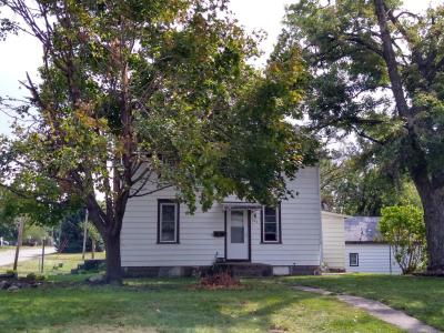 336 Main, Grinnell, Iowa 50112-2532, 2 Bedrooms Bedrooms, ,1 BathroomBathrooms,Single Family,For Sale,Main,5649692