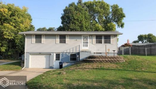 1516 5th, Denison, Iowa 51442-1423, 4 Bedrooms Bedrooms, ,1 BathroomBathrooms,Single Family,For Sale,5th,5662906